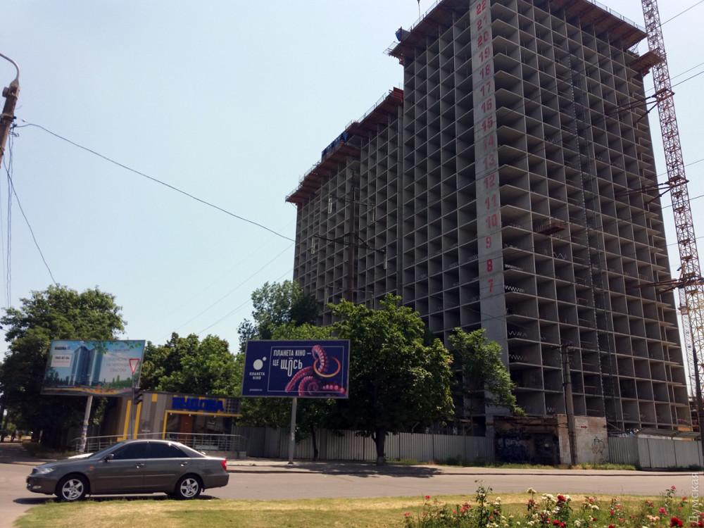 Крупнейшая строительная компания Одессы замораживает стройплощадки?